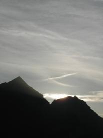 Berge vor Sonne
