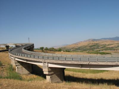 Straßenbau in Italien