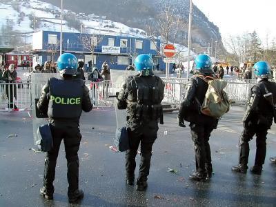 Polizeitruppen (2)