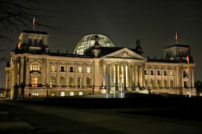 Reichstag bei Nacht 1