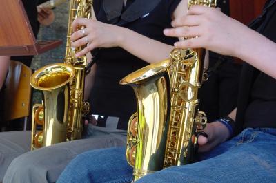 Zwei Alt-Saxophone!