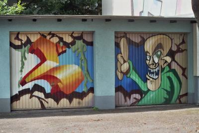 Graffiti auf Garage ...