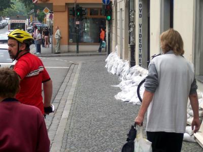 Sandsäcke   in Regenburg