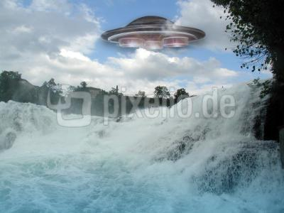 Ufo über dem Rheinfall