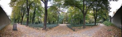 Friedhofsvorplatz