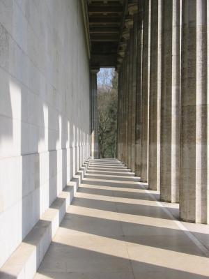 Säulengang auf der Walhalla