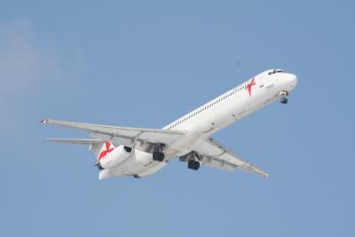 FlyNordic MD-83