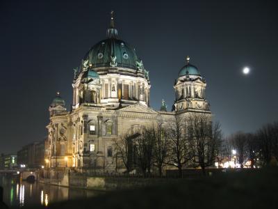 Berliner Dom in der Nikolausnacht