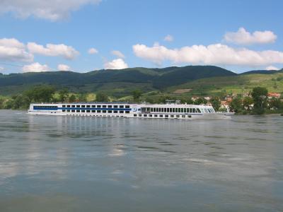 Donaukreuzfahrtsschiff