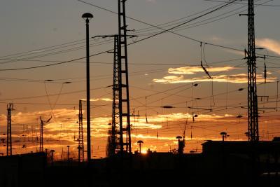 Sonnenuntergang am bahnhof