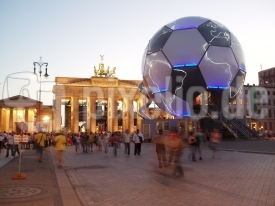 Ball am Tor