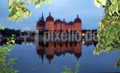 Moritzburg am Abend II
