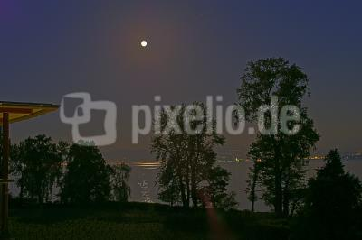 Mond am Bodensee