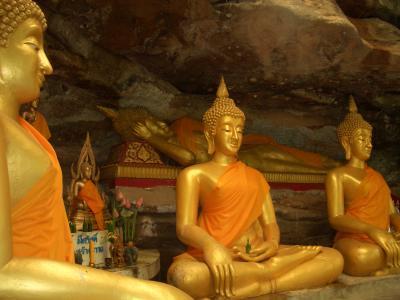 Buddha Statuen