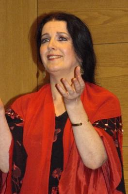 Sängerin, Tänzerin Kozubek