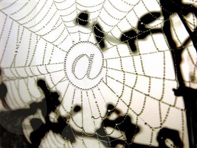das Netz in dem wir alle hängen ....  (Internet(z) at