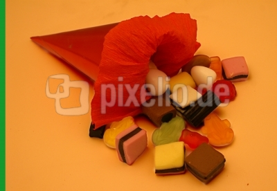 Schultüte (3 rot orange)