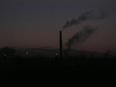Fabrik am Abend