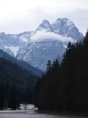 Zugspitze mit Rießersee