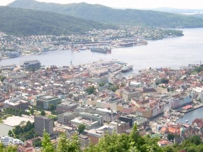 Stadt Bergen vom Berg aus gesehen