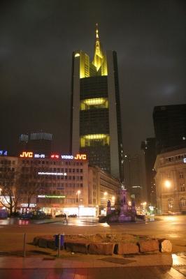 Commerzbank vom Rossmarkt aus gesehen