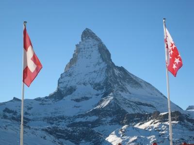 Matterhorn mit Flaggen