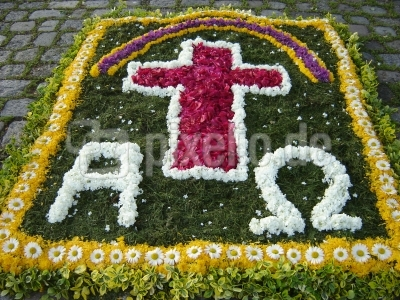 Blumenteppich zu Fronleichnam