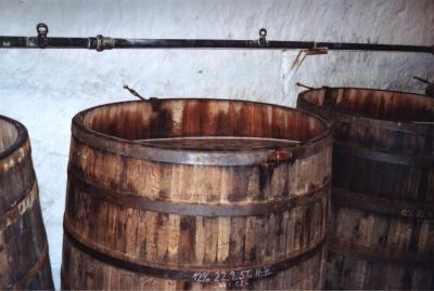 Reifefässer mit Bier