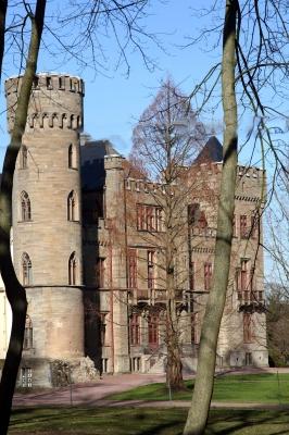 Schloss in der Frühlingsonne