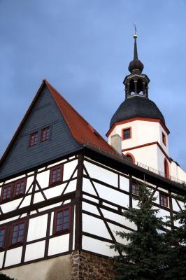 Fachwerkhaus und Kirche in Colditz