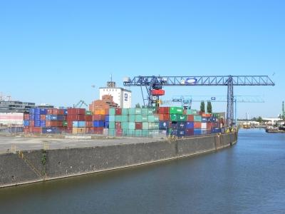 Containerverladeplatz