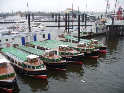 flotte Flotte - Fahrgastschiffe im Hamburger Hafen
