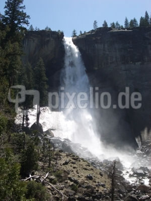 Yosemite - Nevada Falls