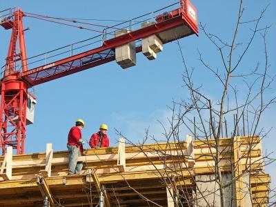Bauarbeiter am Hochhaus