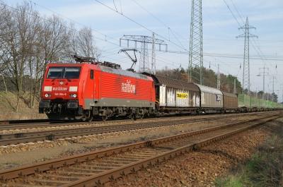 Baureihe 189 mit Güterzug