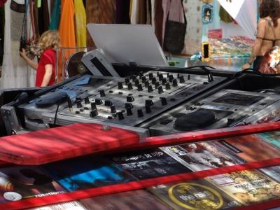 Hippie DJ