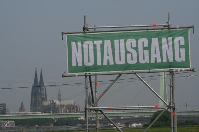 Notausgang zum Kölner Dom?