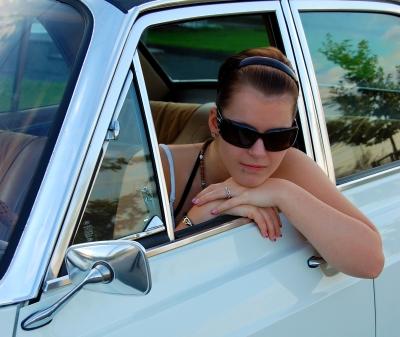 Vanessa und ihr Ford 26M #2