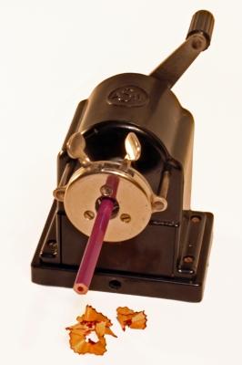 Spitzmaschine mit Stift II
