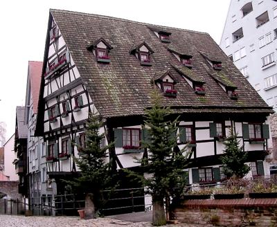 Schiefstes Haus der Welt