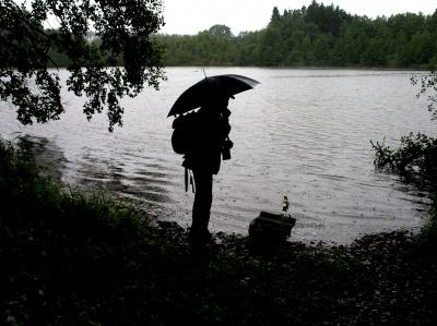 Einsamer Wanderer am See