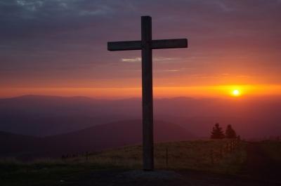Sonnenaufgang auf dem Belchen im Schwarzwald