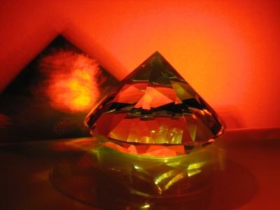 Glas mit Licht und Schatten