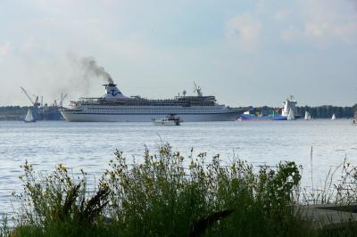 Schiffsverkehr auf der Kieler Förde