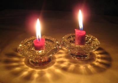 Kerzenschein erwärmt die Herzen