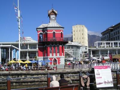 Der Glockenturm an der Waterfront