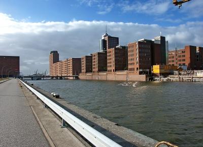 Hafenbild - der Sandtorhafen