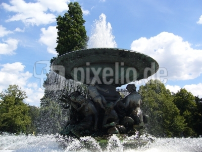 """Brunnen """" Stille Wasser"""""""