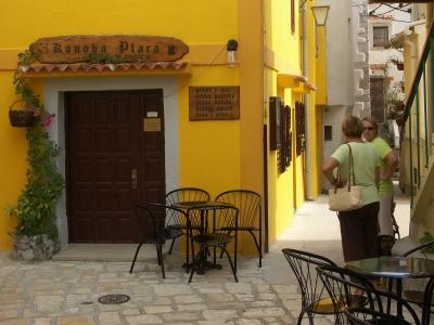 Gelbe Harmonie in Baska
