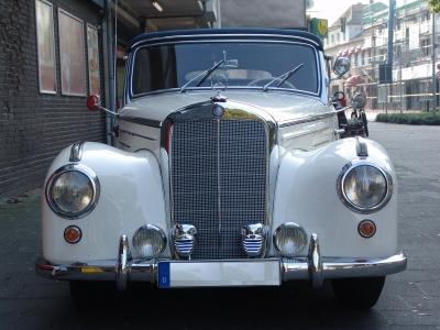 Mercedes 220 Cabrio Oldtimert